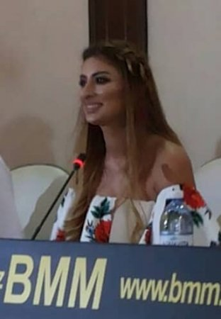 """ELNARƏ RZAYEVA ÖZÜNÜ MEDİA QARŞISINDA OLDUĞU KİMİ TANITDI """"REAL FAKTLAR AŞKAR OLUNDU"""""""