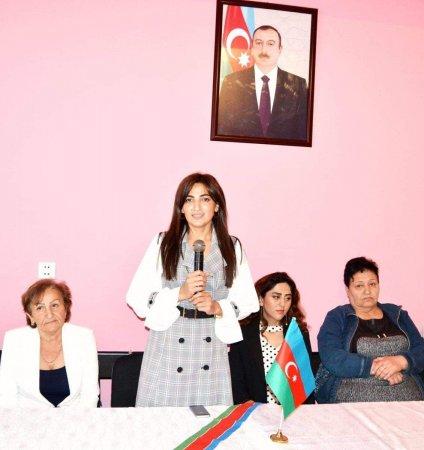 """Biləsuvar rayonunda """"Uşaq hüquqları aylığı"""" çərçivəsində """"Bayraq Günü""""nə həsr olunmuş tədbir keçirildi."""