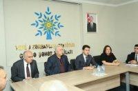 YAP Gəncə şəhər təşkilatında ərazi ilk partiya təşkilatı sədrlərinin iştirakı ilə seminar-müşavirə keçirilib
