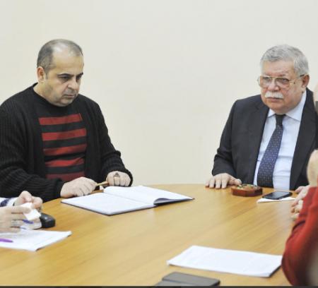 """""""Sənətdə iri addımlarla irəliləyən rejissor""""!"""